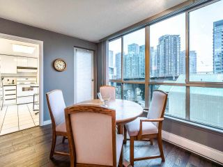 "Photo 6: 1009 1500 HOWE Street in Vancouver: Yaletown Condo for sale in ""The Discovery"" (Vancouver West)  : MLS®# R2561951"