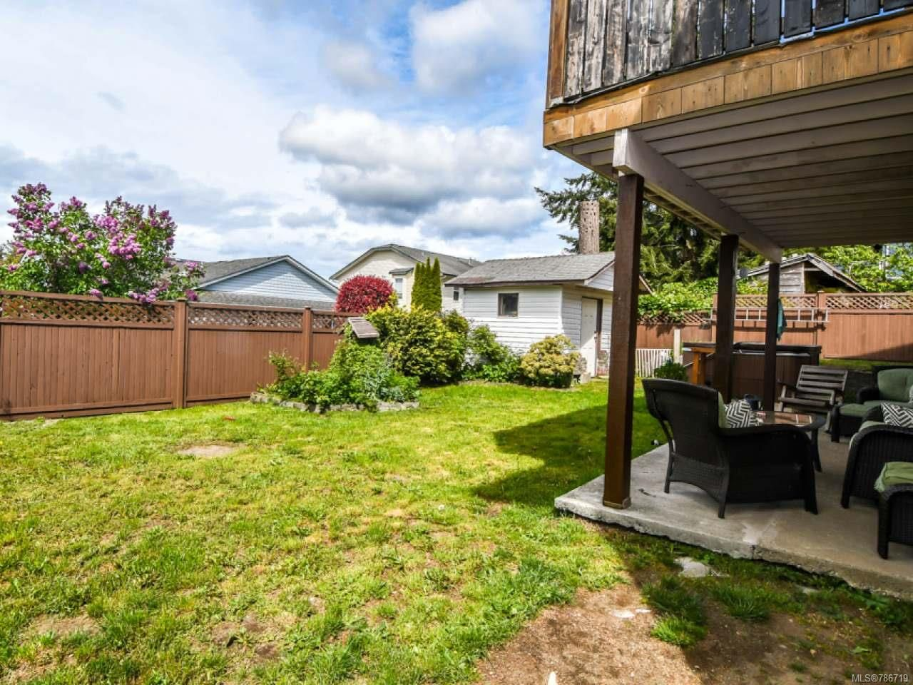 Photo 7: Photos: 1234 Denis Rd in CAMPBELL RIVER: CR Campbell River Central House for sale (Campbell River)  : MLS®# 786719