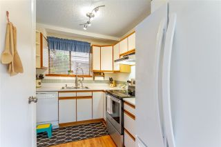 Photo 5: 866 PINEBROOK PLACE in Coquitlam: Meadow Brook House for sale : MLS®# R2578053