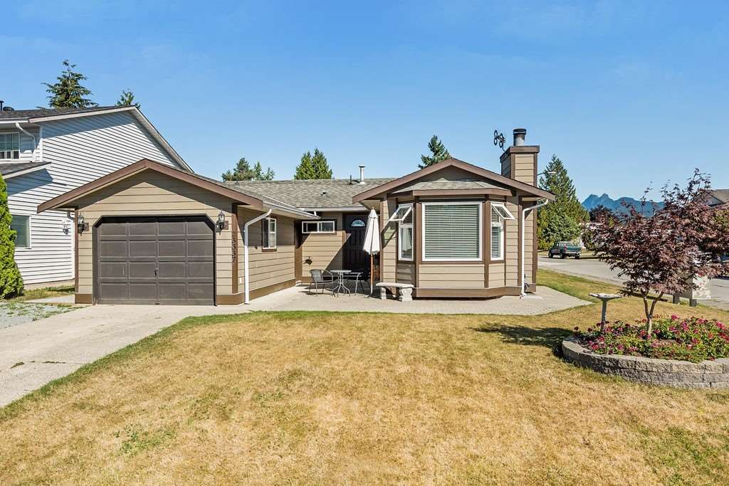 Beautiful centrally located rancher