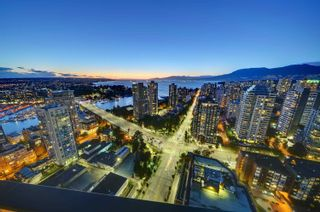 """Photo 34: 2903 889 PACIFIC Street in Vancouver: Downtown VW Condo for sale in """"The Pacific"""" (Vancouver West)  : MLS®# R2619984"""