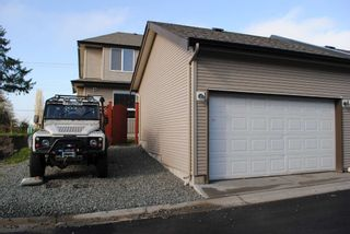 Photo 10: 7280 192 Street in Surrey: Clayton 1/2 Duplex for sale : MLS®# f1026964
