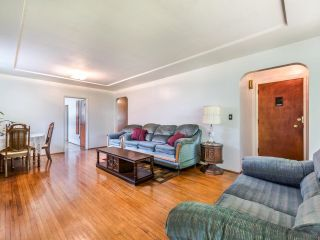Photo 6: 950 E 17TH AVENUE in Vancouver: Fraser VE House for sale (Vancouver East)  : MLS®# R2601203