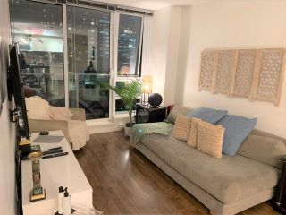 Photo 1: 2006 788 HAMILTON STREET in Vancouver: Downtown VW Condo for sale (Vancouver West)  : MLS®# R2522067