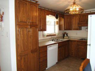 Photo 5: 51 ESSAR Avenue in WINNIPEG: East Kildonan Residential for sale (North East Winnipeg)  : MLS®# 1104069