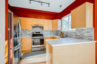 "Photo 7: 102 3880 WESTMINSTER Highway in Richmond: Terra Nova Townhouse for sale in ""Mayflower"" : MLS®# R2573048"