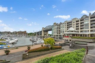Photo 2: 303 1008 BEACH Avenue in Vancouver: Yaletown Condo for sale (Vancouver West)  : MLS®# R2593017