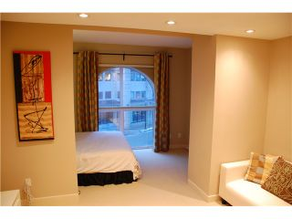 """Photo 2: 214 4028 KNIGHT Street in Vancouver: Knight Condo for sale in """"KING EDWARD VILLAGE"""" (Vancouver East)  : MLS®# V932041"""