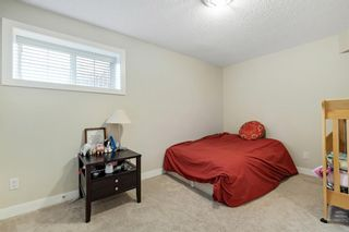 Photo 33: 32 Sierra Morena Way SW in Calgary: Signal Hill Semi Detached for sale : MLS®# A1091813