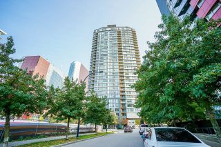 Photo 3: 1207 33 SMITHE Street in Vancouver: Yaletown Condo for sale (Vancouver West)  : MLS®# R2625751