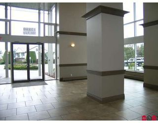 """Photo 2: 807 13880 101ST Avenue in Surrey: Whalley Condo for sale in """"THE ODYSSEY"""" (North Surrey)  : MLS®# F2812747"""