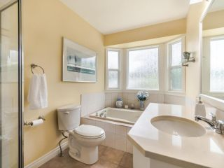 """Photo 25: 3394 198A Street in Langley: Brookswood Langley House for sale in """"Meadowbrook"""" : MLS®# R2586266"""