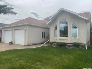 Photo 1: 2121 New Market Drive in Tisdale: Residential for sale : MLS®# SK857305