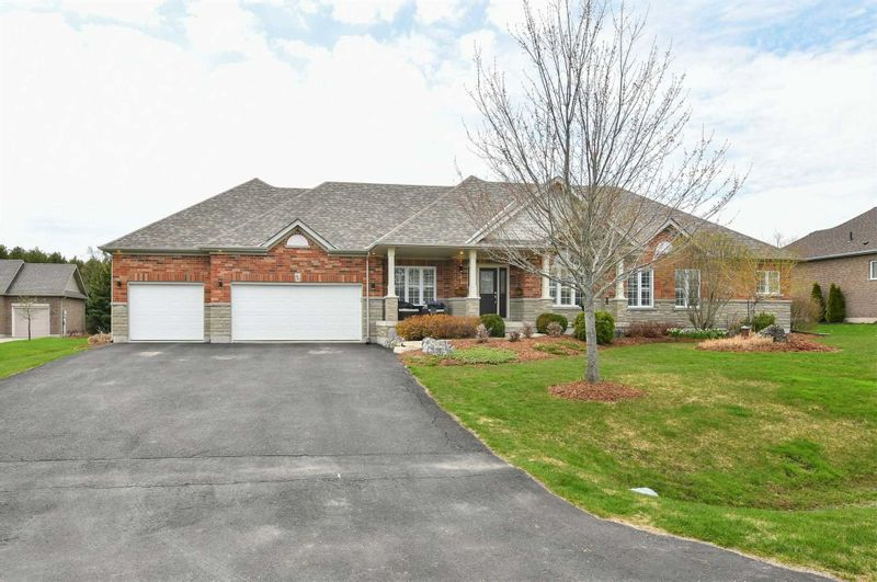 FEATURED LISTING: 68 Madill Drive Mono