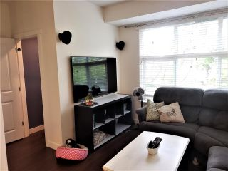 """Photo 8: 45 18199 70 Avenue in Surrey: Cloverdale BC Townhouse for sale in """"Auguston"""" (Cloverdale)  : MLS®# R2570782"""