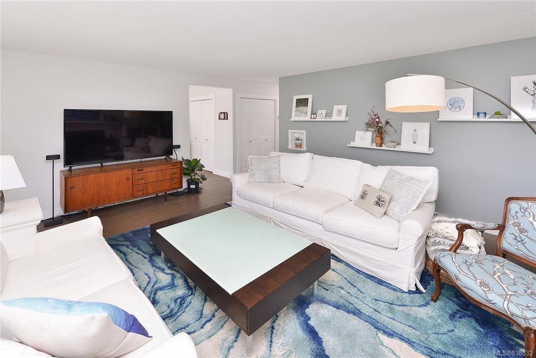 Photo 32: Photos: 1620 Burton Ave in Victoria: Vi Oaklands House for sale : MLS®# 838532