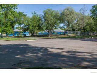 Photo 32: 702 32nd Street West in Saskatoon: Caswell Hill Single Family Dwelling for sale (Saskatoon Area 04)  : MLS®# 612485