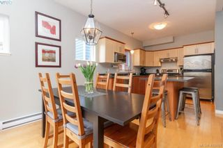 Photo 12: 23 Newstead Cres in VICTORIA: VR Hospital House for sale (View Royal)  : MLS®# 814303