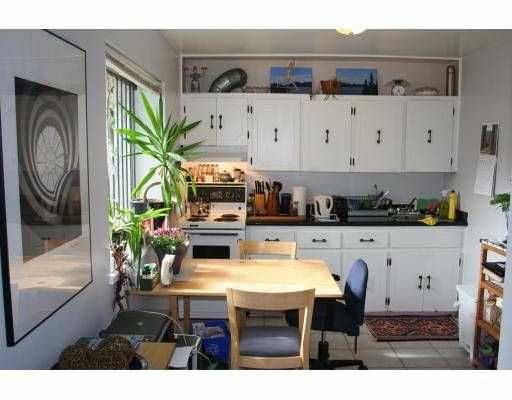 Photo 5: Photos: 3024 W 10TH Avenue in Vancouver: Kitsilano House for sale (Vancouver West)  : MLS®# V755438