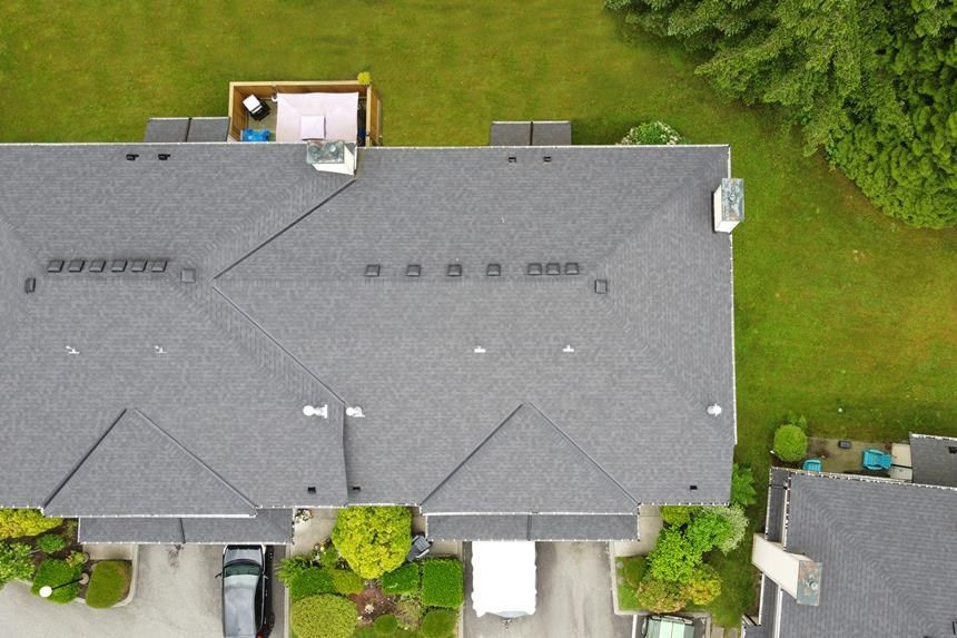 """Main Photo: 5 21960 RIVER Road in Maple Ridge: West Central Townhouse for sale in """"FOXBOROUGH HILLS"""" : MLS®# R2586800"""