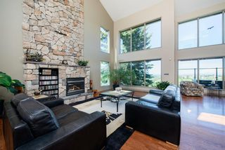 Photo 9: 204 Edelweiss Drive in Calgary: Edgemont Detached for sale : MLS®# A1117841