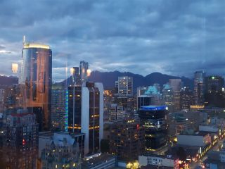 """Photo 38: 3201 1199 SEYMOUR Street in Vancouver: Downtown VW Condo for sale in """"BRAVA"""" (Vancouver West)  : MLS®# R2462993"""