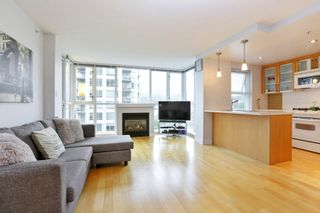 "Photo 4: 804 121 W 16TH Street in North Vancouver: Central Lonsdale Condo for sale in ""SILVA"" : MLS®# R2269546"