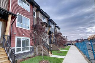 Photo 2: 65 Walgrove Plaza SE in Calgary: Walden Row/Townhouse for sale : MLS®# A1069539