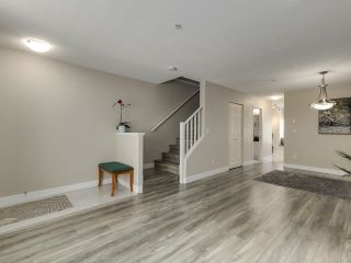 Photo 4: 132 6588 SOUTHOAKS Crescent in Burnaby: Highgate Townhouse for sale (Burnaby South)  : MLS®# R2600972