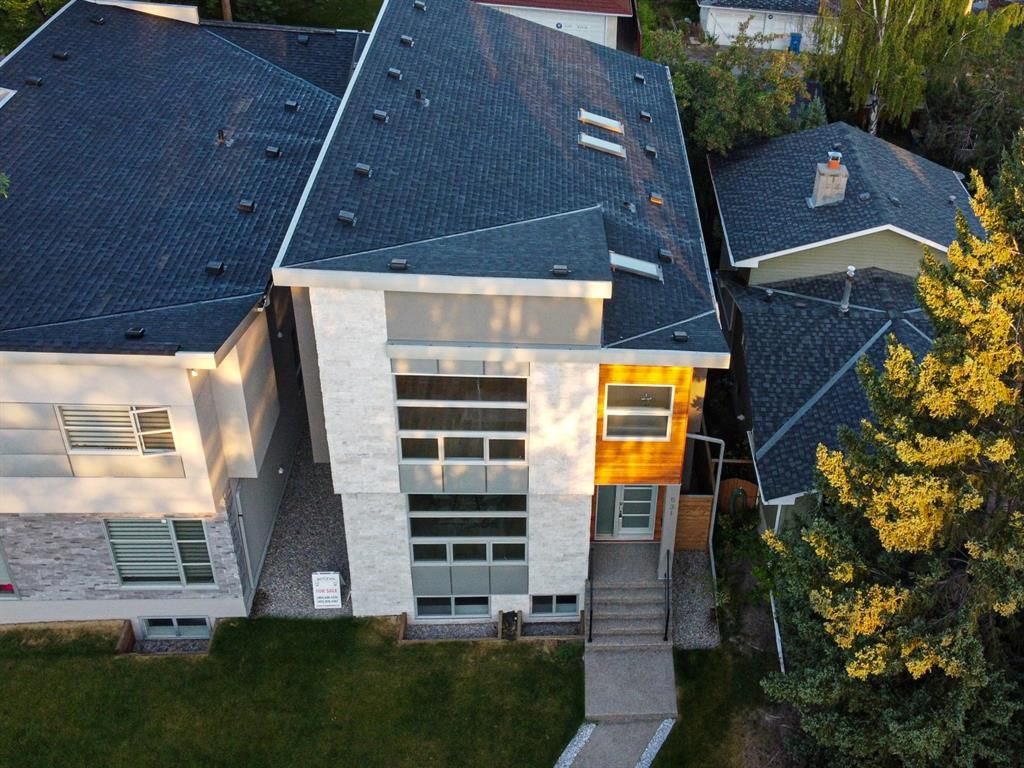 Photo 2: Photos: 531 36 Street SW in Calgary: Spruce Cliff Detached for sale : MLS®# A1041454