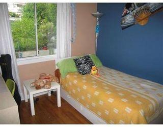 Photo 4: 8151 10TH AV in Burnaby: House for sale (East Burnaby)  : MLS®# V593055