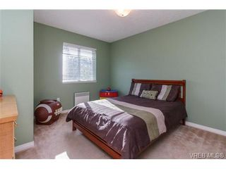 Photo 13: 108 Thetis Vale Cres in VICTORIA: VR Six Mile House for sale (View Royal)  : MLS®# 707982
