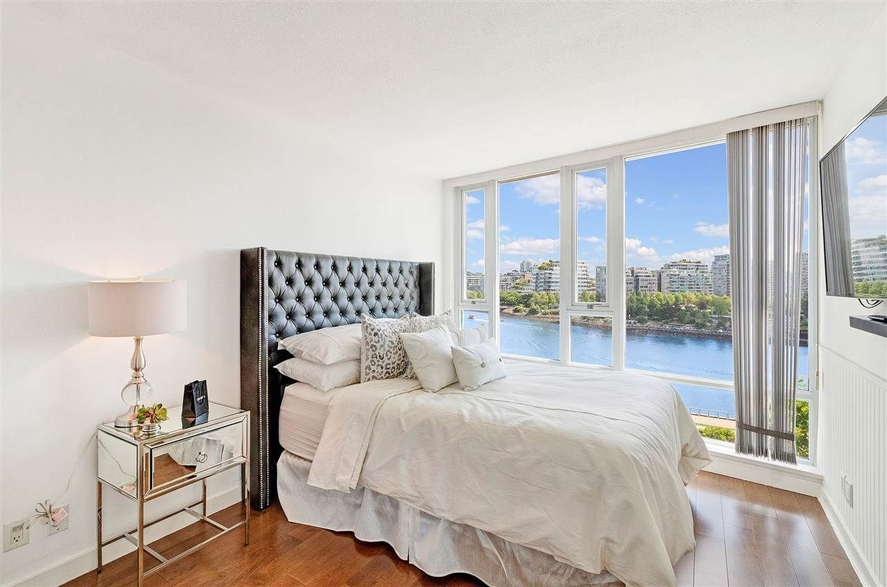 Photo 12: Photos: 806 918 COOPERAGE WAY in Vancouver: Yaletown Condo for sale (Vancouver West)  : MLS®# R2589015