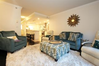 Photo 4: 1020 QUEBEC STREET in Vancouver: Downtown VE Townhouse for sale (Vancouver East)  : MLS®# R2533754