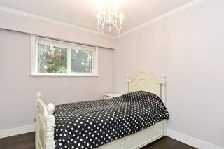 Photo 9: 5475 BAKERVIEW Drive in Surrey: Sullivan Station House for sale : MLS®# R2313482