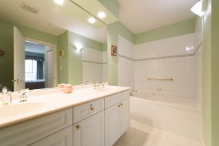 "Photo 22: 212 3098 GUILDFORD Way in Coquitlam: North Coquitlam Condo for sale in ""MARLBOROUGH HOUSE"" : MLS®# R2225808"