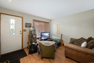 Photo 17: 239B Mitchell Pl in : CV Courtenay City Half Duplex for sale (Comox Valley)  : MLS®# 886784