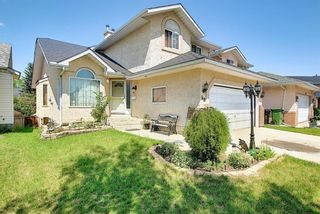 Photo 2: 48 Riverview Mews SE in Calgary: Riverbend Detached for sale : MLS®# A1129355