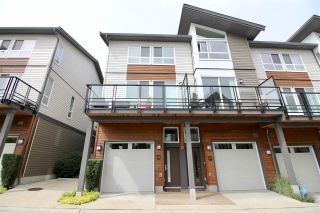 """Photo 1: 14 909 CLARKE Road in Port Moody: College Park PM Townhouse for sale in """"THE CLARKE"""" : MLS®# R2388373"""