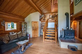 Photo 6: 8720 HORLINGS Road in Smithers: Smithers - Rural House for sale (Smithers And Area (Zone 54))  : MLS®# R2599799