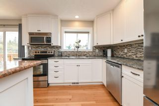 Photo 14: 582 Salish St in : CV Comox (Town of) House for sale (Comox Valley)  : MLS®# 872435