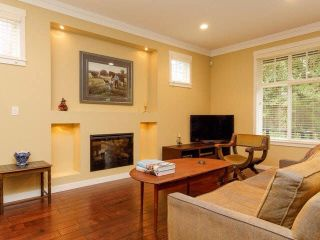 "Photo 7: 10 6838 BAKER Road in Delta: Sunshine Hills Woods Townhouse for sale in ""D'Anjou"" (N. Delta)  : MLS®# F1447085"