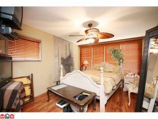 Photo 5: 15506 VICTORIA Avenue: White Rock House for sale (South Surrey White Rock)  : MLS®# F1025203
