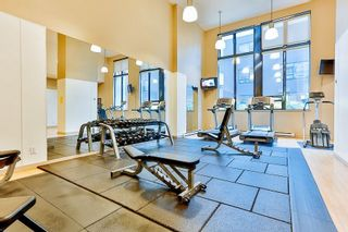 """Photo 18: 2308 928 HOMER Street in Vancouver: Yaletown Condo for sale in """"YALETOWN PARK"""" (Vancouver West)  : MLS®# R2181999"""
