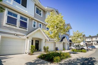 """Photo 2: 19 12073 62 Avenue in Surrey: Panorama Ridge Townhouse for sale in """"Sylvia"""" : MLS®# R2594408"""