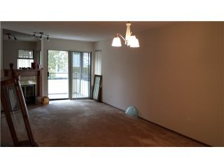 """Photo 5: 230 15153 98 Avenue in Surrey: Guildford Townhouse for sale in """"Glenwood Village"""" (North Surrey)  : MLS®# F1404287"""