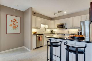 Photo 10: #1207 804 3 AV SW in Calgary: Eau Claire RES for sale : MLS®# C4287030