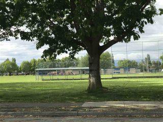 "Photo 15: 227 3411 SPRINGFIELD Drive in Richmond: Steveston North Condo for sale in ""Bayside Court"" : MLS®# R2173185"