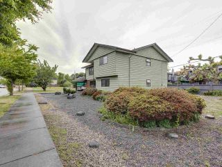 Photo 2: 11751 DUNFORD Road in Richmond: Steveston South House for sale : MLS®# R2488260