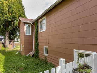 Photo 6: 3123 E 4TH Avenue in Vancouver: Renfrew VE House for sale (Vancouver East)  : MLS®# R2106855